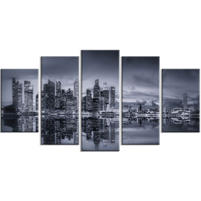 Designart Singapore Skyline and Marina Bay Cityscape WrappedPrint - 5 Panels