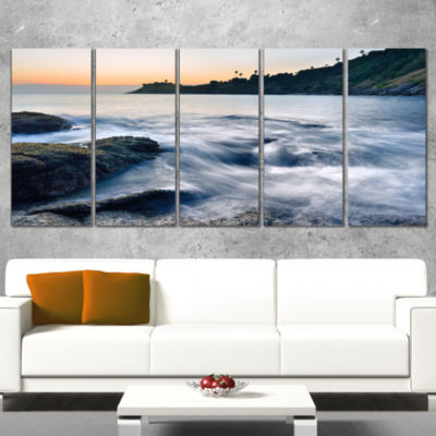Designart Slow Motion Sea Waves Over Rocks ModernSeascape Canvas Artwork - 5 Panels