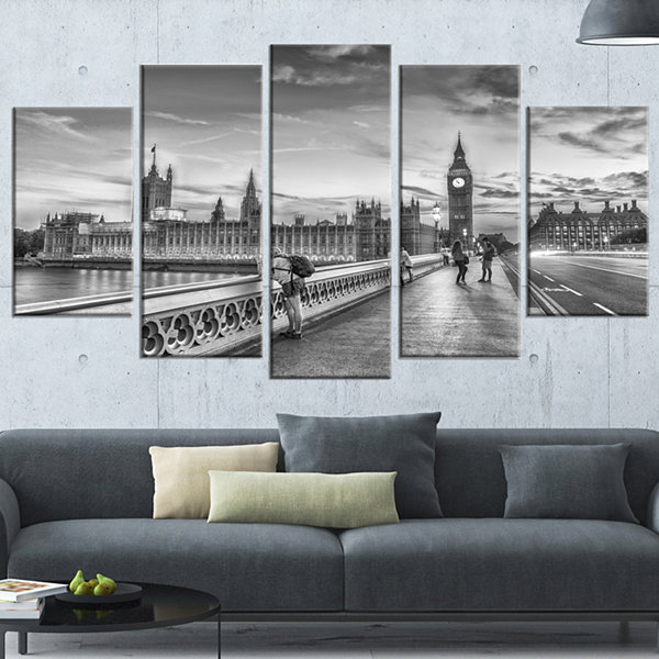 Designart Beautiful Black and White London View Cityscape Wrapped Canvas Print - 5 Panels