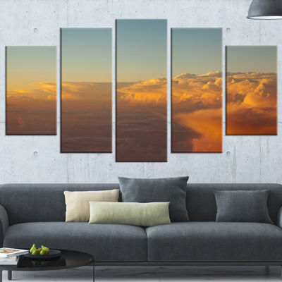 Designart Solotful Sunset in Sky Cloudscape ExtraLarge Seascape Art Wrapped - 5 Panels