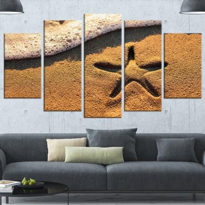 Designart Starfish on Beach with Waves Large BeachCanvas Wall Art - 4 Panels