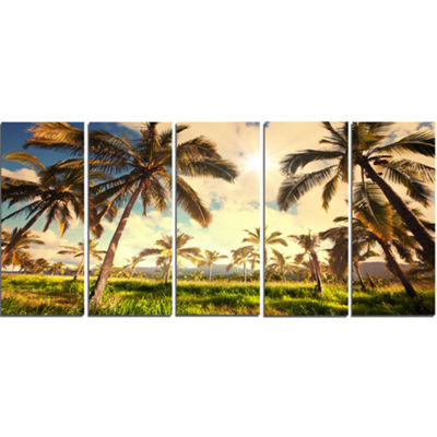 Designart Beautiful Palm Plantation in Hawaii African Landscape Canvas Art Print - 5 Panels
