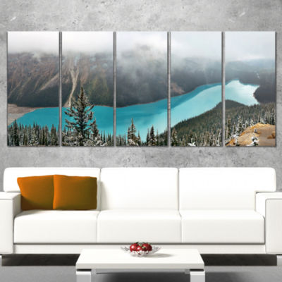 Designart Beautiful Petyo Lake Panorama LandscapeArtwork Wrapped Canvas - 5 Panels
