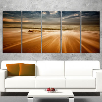 Designart Stormy Sea with Waves Flowing Out BeachPhoto Canvas Print - 5 Panels