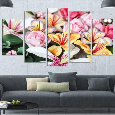 Designart Beautiful Sugar Flower Decoration FlowerArtwork On Canvas - 5 Panels