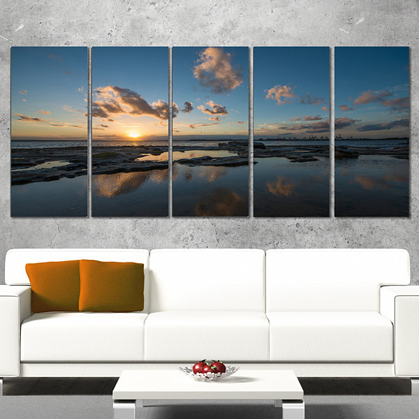 Designart Sunset at La Perhouse Beach Seascape Wrapped Art Print - 5 Panels