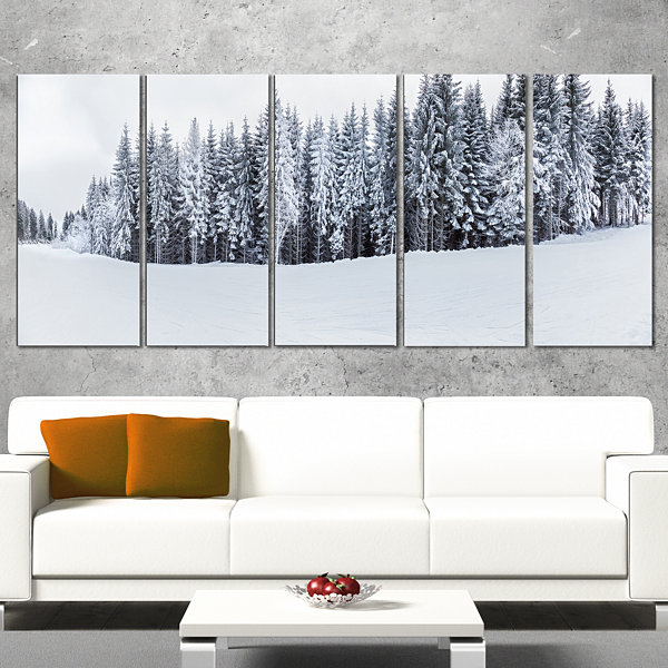 Designart Black and White Snow Capped Hills Landscape Wrapped Canvas Art Print - 5 Panels