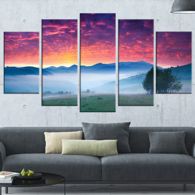 Designart Blood Red Sky and Green Grass LandscapePhoto Wrapped Canvas Art Print - 5 Panels