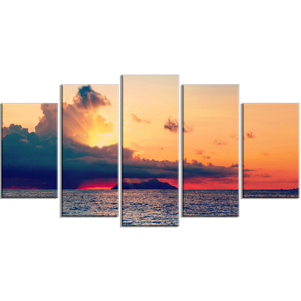 Designart Sunset Over Sea indian Ocean Panorama Extra LargeSeascape Art Wrapped - 5 Panels