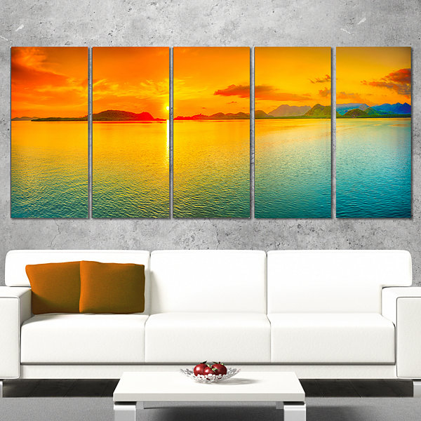 Designart Sunset Over Sea Panorama Seascape Photography Wrapped Art Print - 5 Panels