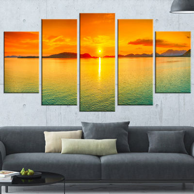 Designart Sunset Panorama Photography Canvas Art Print - 5 Panels