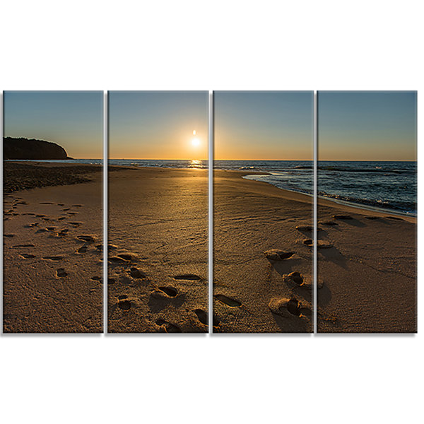 Designart Sydney Seashore at Sunrise Seascape Canvas Art Print - 4 Panels