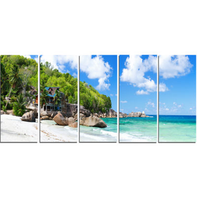 Designart Takamaka Beach in Mahe Island Modern Seascape Canvas Artwork - 5 Panels