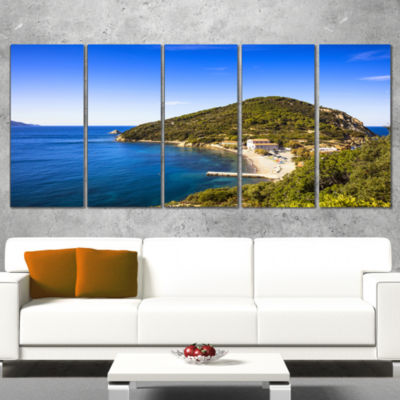 Designart Blue Seashore at Elba Island Extra LargeSeashore Canvas Art - 5 Panels