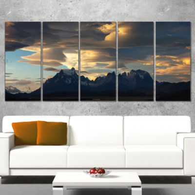 Designart Torres Del Paine National Park LandscapeArtwork Canvas - 5 Panels