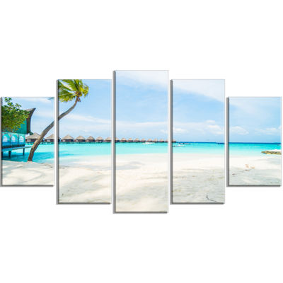 Designart Tropical Maldives Island Seascape Wrapped Art Print - 5 Panels