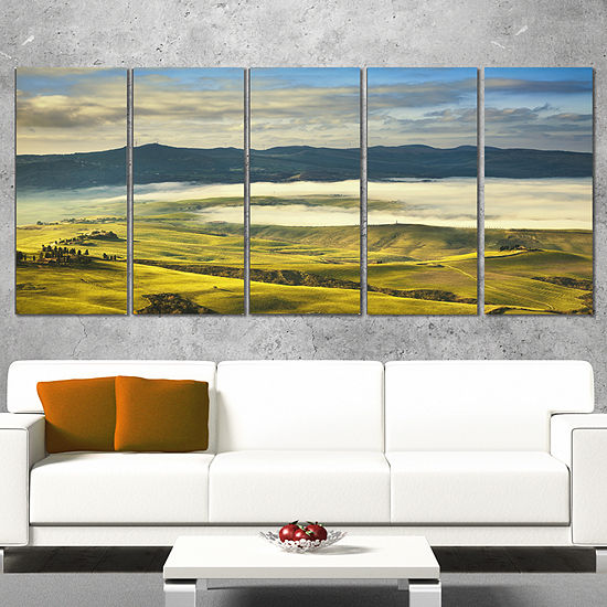 Designart Tuscany Farmland and Green Fields Oversized Landscape Wrapped Wall Art Print - 5 Panels