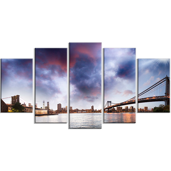 Designart Brooklyn Bridge Over East River Cityscape Wrapped Canvas Print - 5 Panels