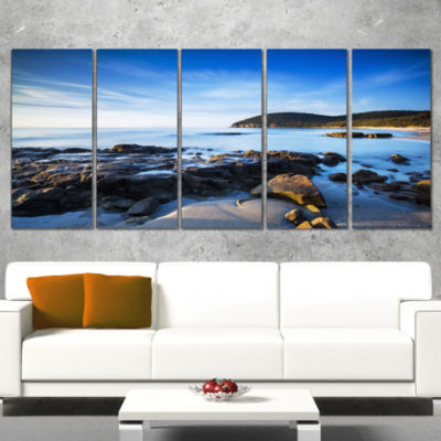 Designart Cala Violina Bay Beach in Maremma ExtraLarge Seashore Canvas Art - 5 Panels