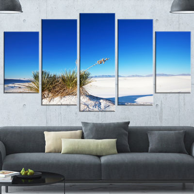 Designart White Sands Park in Usa Landscape Wrapped Art Print - 5 Panels