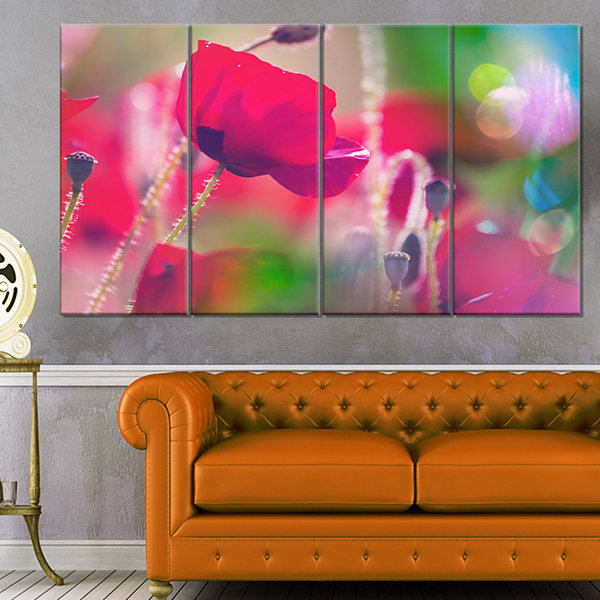 Designart Close Up View of Red Poppy Flowers Floral Canvas Art Print - 4 Panels