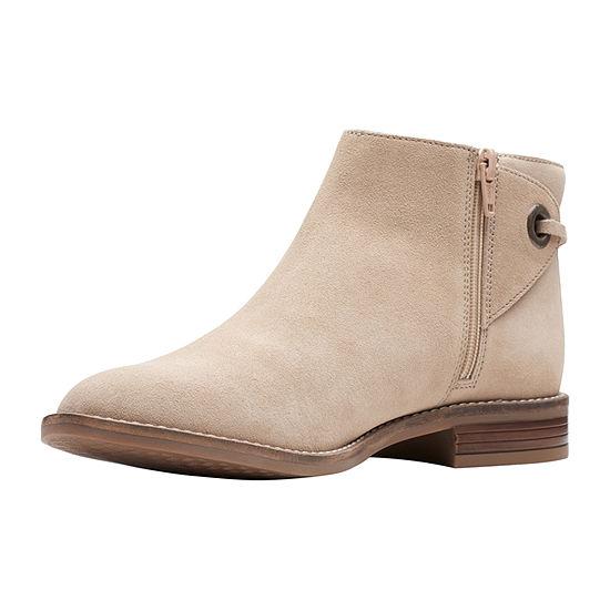 Clarks Womens Camzin Bow Booties Flat Heel
