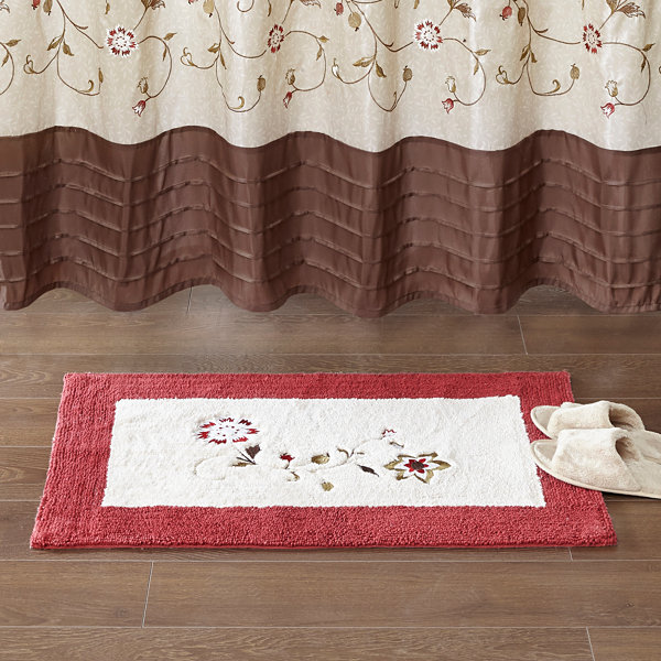 Madison Park Belle Embroidered Cotton Tufted Bath Rug