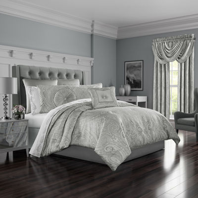 Five Queens Court Brooklyn Comforter Set and Accessories