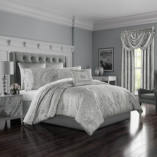 Five Queens Court Brooklyn 4-pc. Comforter Set