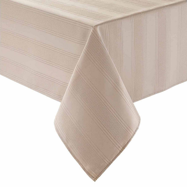 "Arlee Encore 70"" Round Tablecloth"