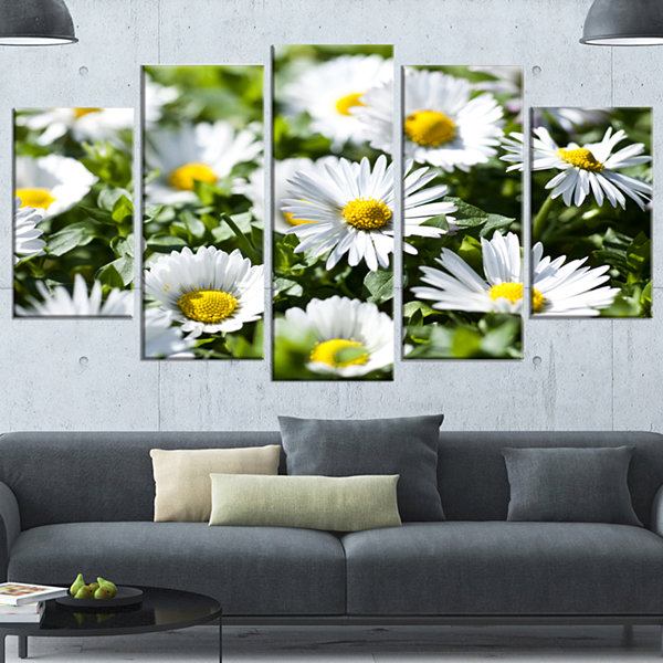 Designart Spring Background With White Flowers Floral Canvas Art Print - 4 Panels