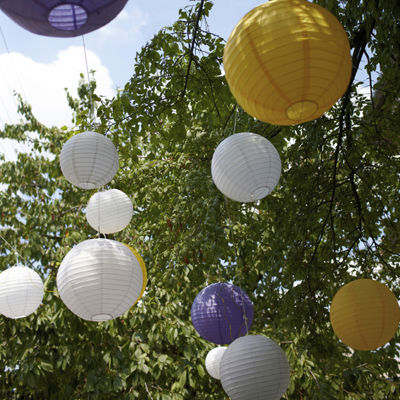 "Multi Size Paper Lanterns (12""; 14""; 16"")"""