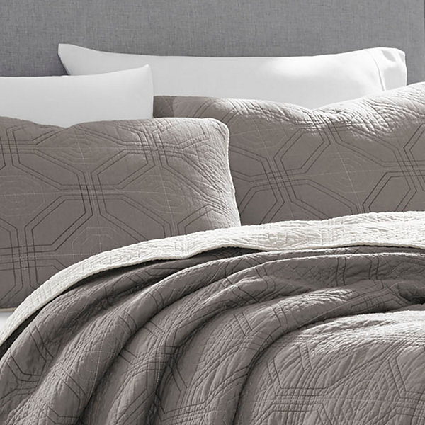Eddie Bauer Axis Grey Quilt/Sham Set