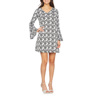 Robbie Bee Long Bell Sleeve Floral Shift Dress