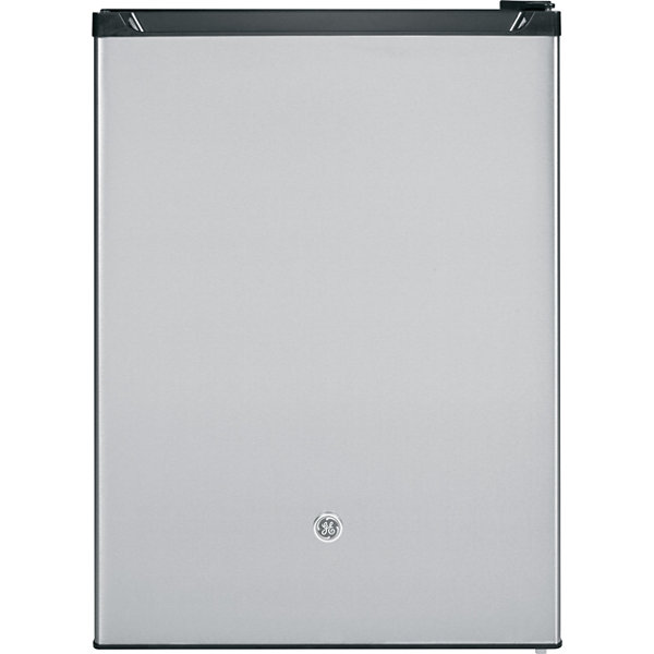 GE 5.6 cu. ft. Spacemaker® ENERGY STAR® Compact Refrigerator