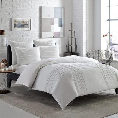 City Scene Variegated Pleats White Comforter Set