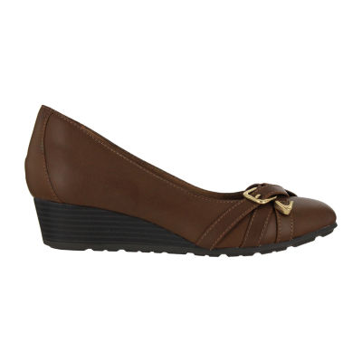Mia Amore Santino Womens Slip-On Shoes