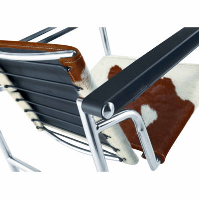 String Pony Flat Armchair