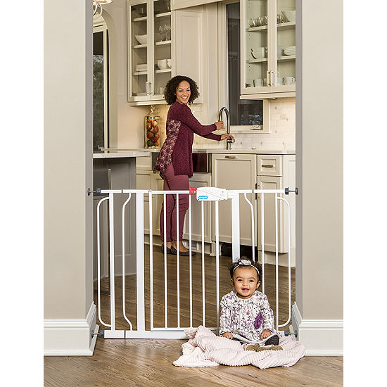 Regalo Easy Step Extra Wide Metal Walk-Through Gate