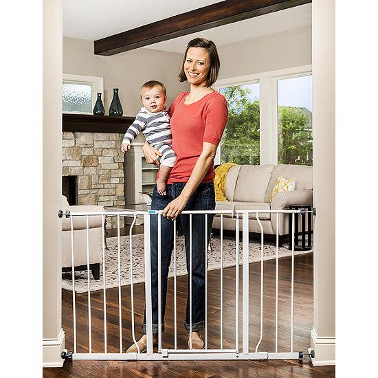 Regalo Easy Open Extra Wide Metal Walk-Through Gate