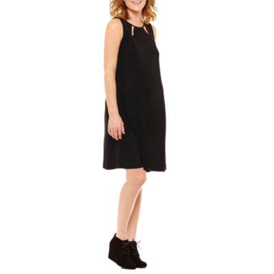 Tiana B Sleeveless Keyhole Dress - Maternity