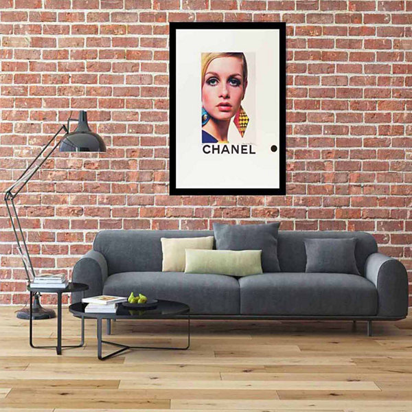Fairchild Paris Featuring Twiggy Chanel (780) Framed Wall Art