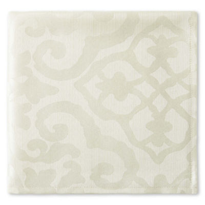 Royal Velvet® Helmsley Damask Set of 4 Napkins