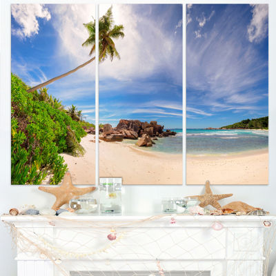 Designart Beautiful Beach At La Digue SeychellesSeashore Canvas Print - 3 Panels