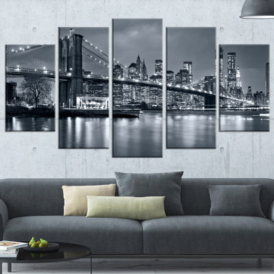 Designart Panorama New York City At Night (373) Cityscape Canvas Print - 5 Panels