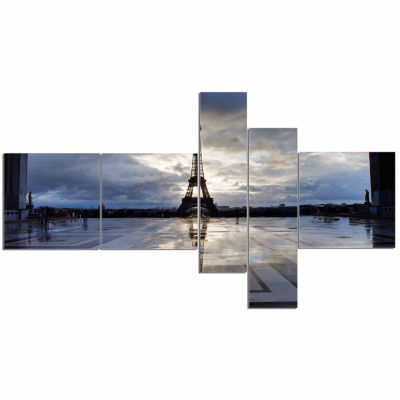 Designart Reflection Of Paris Eiffel Tower with Clouds Canvas Art Print - 5 Panels