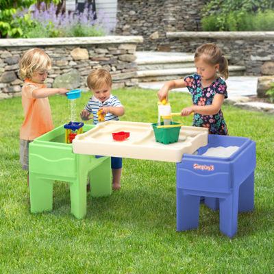 Simplay 3 In & Out Activity Table