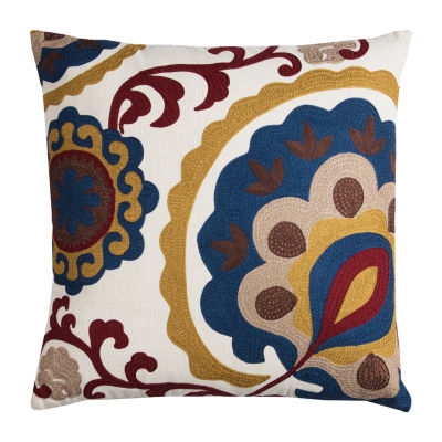 Rizzy Home Clio Medallion Decorative Pillow