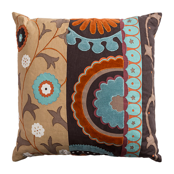 Rizzy Home Avery Medallion With Flourish Decorative Pillow