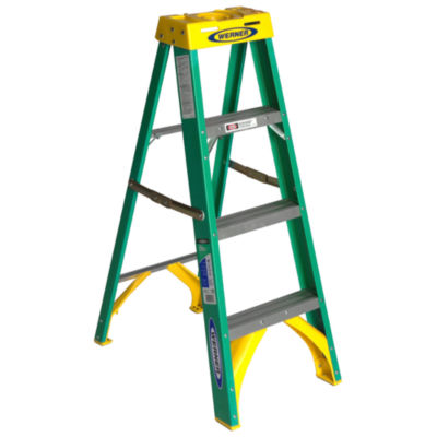 Werner 5904 4' Fiberglass Step Ladder